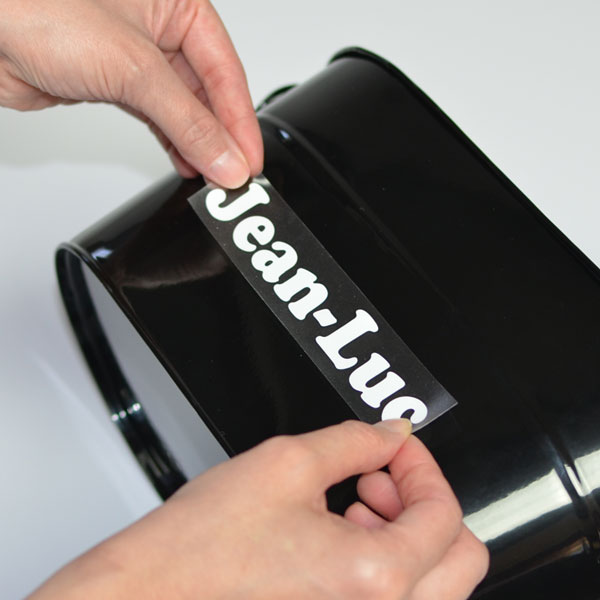 How to install and apply vinyl lettering and vinyl decals - Step 6